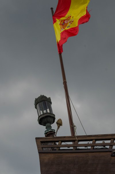 Galleon's Flag and Aft Running Light