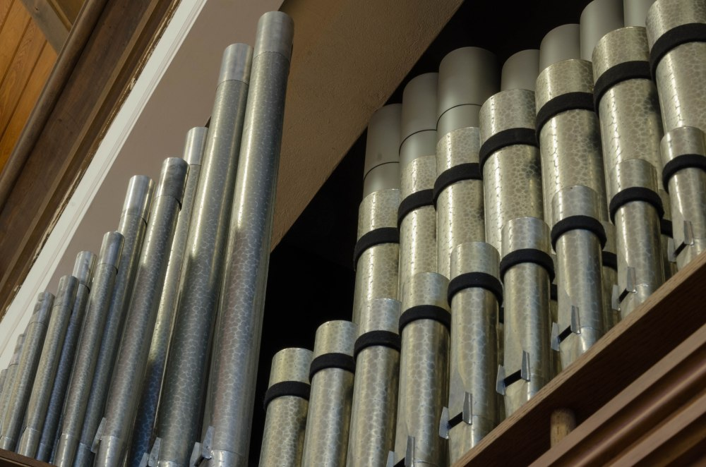 The pipes of the pipe organ in Central's sanctuary