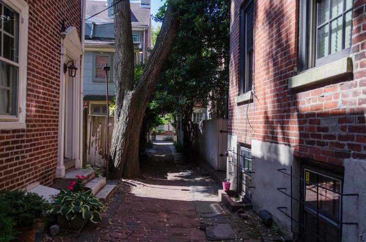 Bladen's Court, off of Elfeth's Alley