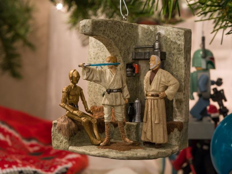 Star Wars Ornament, Ben Kenobi gives Luke the lightsaber