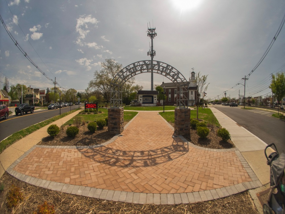 Entryway arch to Palmyra's Band Shell Park